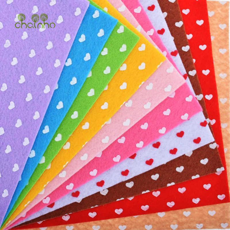 Drukowane filc włóknina 1mm grubość poliester tkanina do szycia lalki rzemiosło dekoracji wnętrz wzór pakiet 10pcs15x15cm