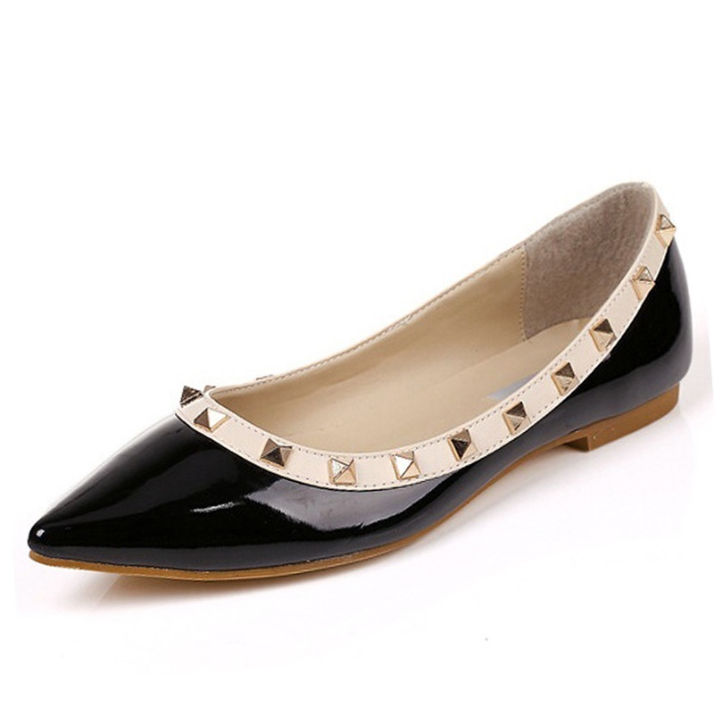 Size 34-43 New Fashion Casual Women Pointed Toe Rivet Flat Bottom Shoes Women Slip On Valentine Flats Candy Color Zapatos Mujer size 32 43 fashion women s flat shoes women slip on round toe square heel flats laies simple casual sweet lace zapatos mujer