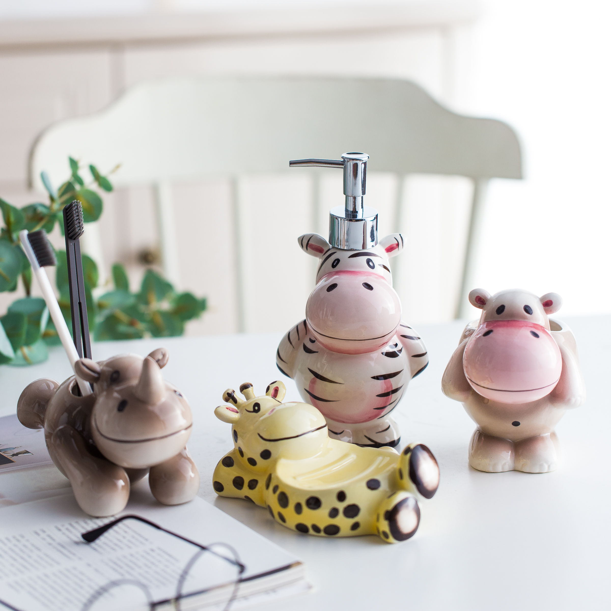 Cartoon Ceramic Bathroom Wash Set 4 Piece Set Of Cute