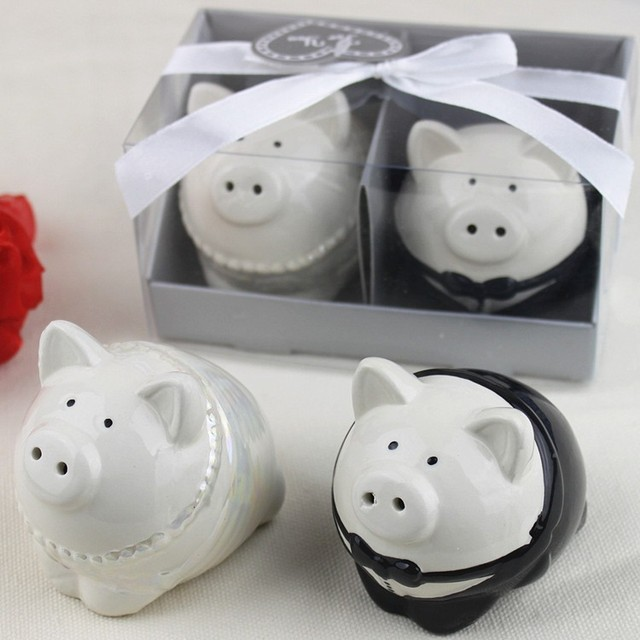 Black And White Color Pig Bride Groom Salt Pepper Shakers 50set Lot Wedding Favor Bridal