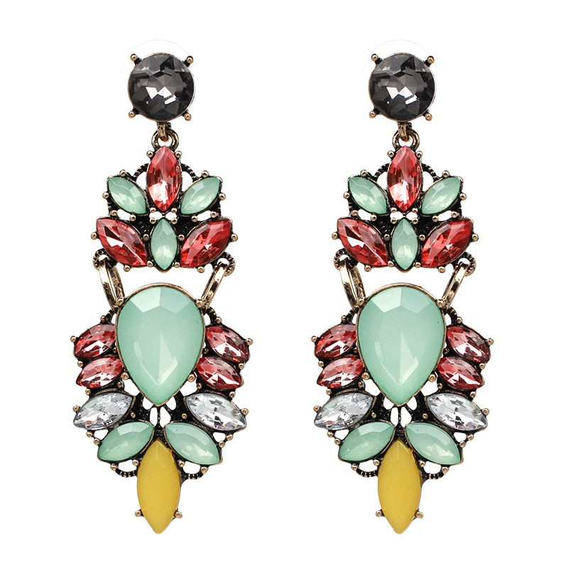 7 Amazing Colours For A Statement Wall With Wow: Nihaojewelry Retro Rhinestone Dangle Earrings 7 Color