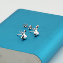 Wholesale High Quality Jewelry Silver Plated Cute Cool Rabbit Stud Earrings For Women Best Gift JY022