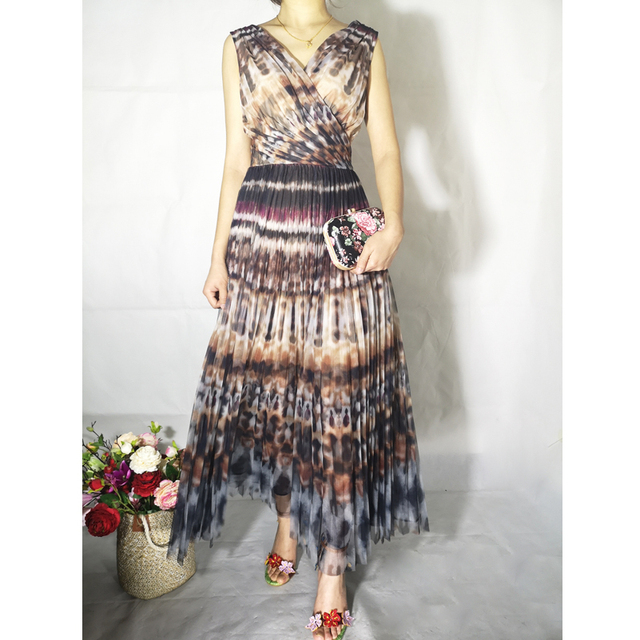 high quality Newest 2019 runway summer long dress Women's Sleeveless V-neck Sexy Vintage Floral Print Party Pleated Maxi Dress