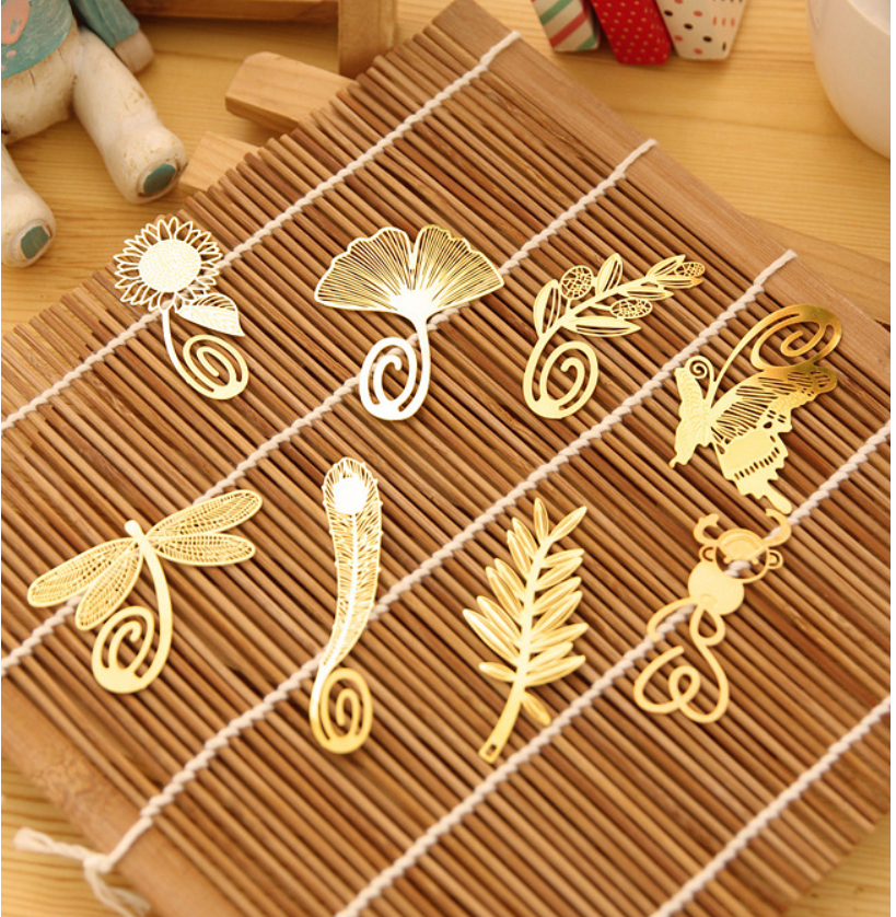 5Pcs/lot Golden Classic Leaf Bookmarks Metal Bookmark Gift Book Pages Marks
