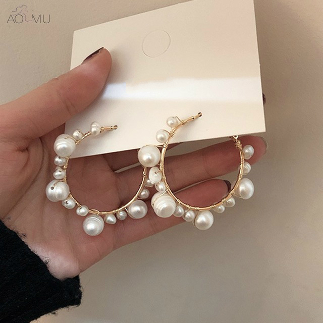 AOMU New Fashion Korean Exaggeration Sweet Big Metal Circle Round Freshwater Pearl Drop Earrings Jewelry for Women Girl PartyAOMU New Fashion Korean Exaggeration Sweet Big Metal Circle Round Freshwater Pearl Drop Earrings Jewelry for Women Girl Party
