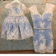 Новое платье для мамы и дочки на заказ кружевное платье длиной до колена с v-образным вырезом, женское платье для вечерние платья, размеры США 2, 4, 6, 8, 10, 12, 14, 16