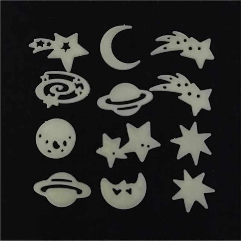 12 PCS Kozmik Yıldız Ay Aydınlık Duvar Sticker Kendinden yapışkanlı Reçine Floresan Lüminesans Için Çocuk Odası Bebek Çocuk Boy SEVIMLI