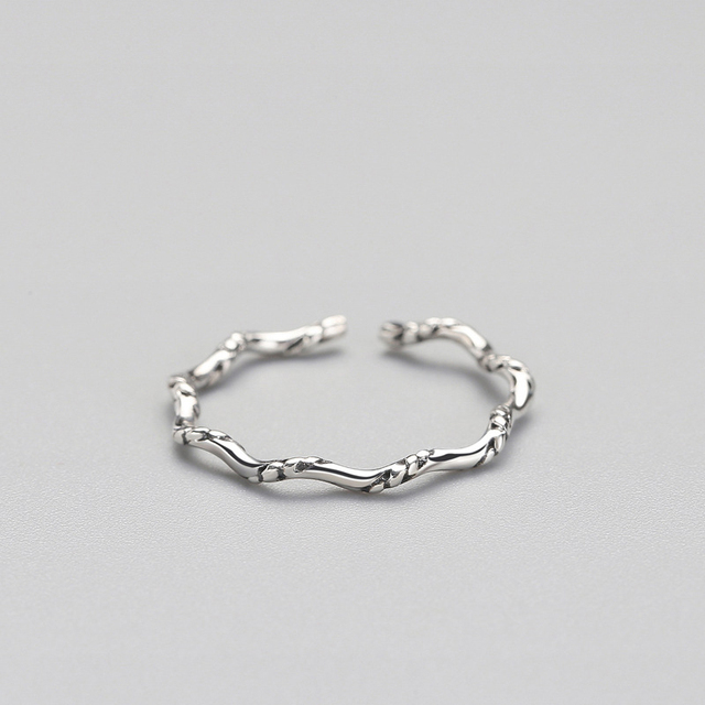 925 Sterling Silver Vintage Minimalist Personality Wave Punk Ring