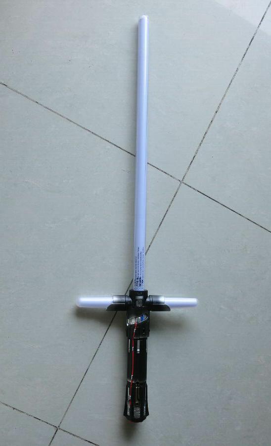 star wars kylo ren ultimate fx lightsaber laser sword. Black Bedroom Furniture Sets. Home Design Ideas