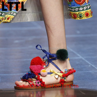 Fashion Bohemia Style Flat Sandals Crystal POMPOMS Decor Lace Up Gladiator Sandals Women Shoes Fringed Floral