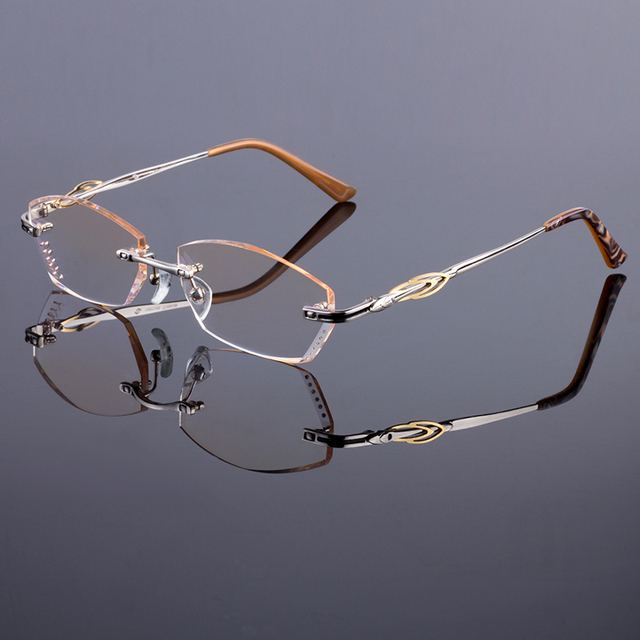 Deluxe Women Style Frame Luxury Titanium Alloy Optical Frame Diamond Trimming Cut Rimless Spectacles With Gradient Tint Lenses