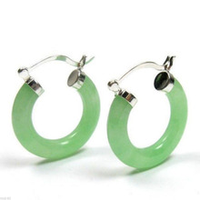 A New Pair Natural Green 925 Sterling Silver Earrings