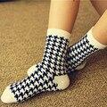 2016 Мода Осень Зима Женщины Повседневная Хлопок Носки Плед Хлопчатобумажные Носки Chaussette #198