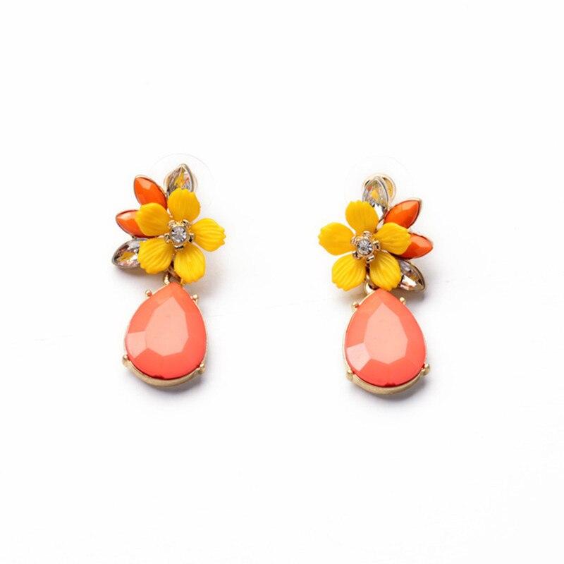 Жіночі модні сережки новенькі приїжджаючі чудові пелюстки пелюсток солодких квітів для жінок леді оптом E0710
