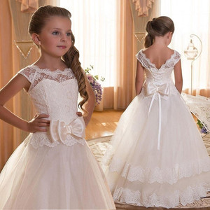 Image 1 - Lace Teen Girls Dress 2018 New Tule Child Wedding White Princess Pageant Gown Bridesmaid Dresses For Kids Party Evening Clothing
