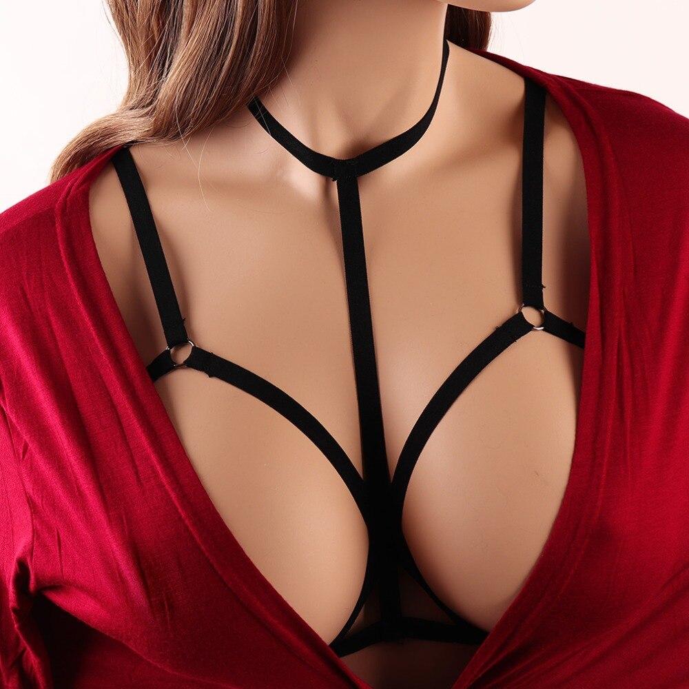 моему удивлению, открытая женская грудь стоял как