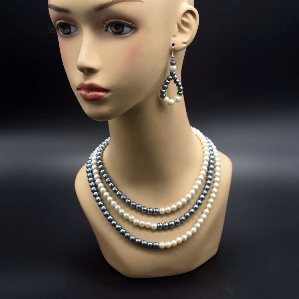 Fashionable and sweet necklace, gray and white alternate three layers pearl necklace, chokers necklace 18 5 dark gray and light gray and white and transparent holographic rear projection film