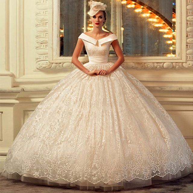 Aliexpress.com : Buy 2016 New Arrival Lace Ball Gown V