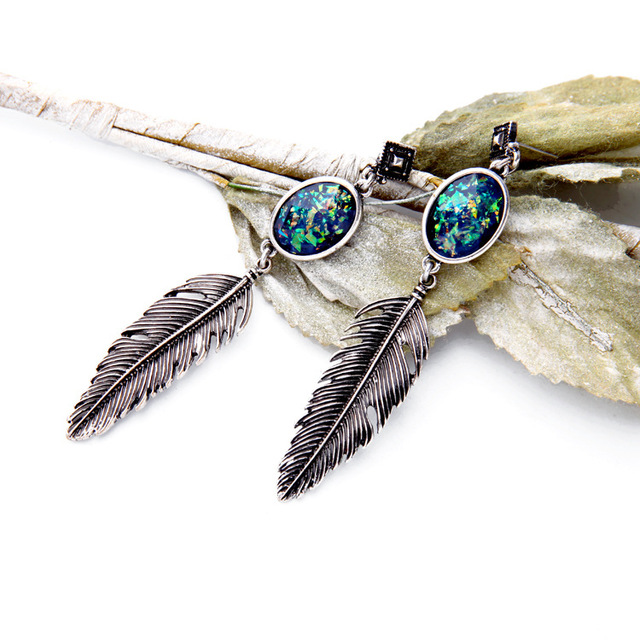 2fe537f304db7 Women Elegant Vintage Golden&Silvery Alloy Artificial Oval Gem Feather  Shape Pendant Dangle Earring Girl Drop Earrings-in Drop Earrings from  Jewelry & ...