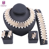 Fashion Dubai Crystal Necklace Earring Jewelry Set Gold Color Nigerian Wedding African Beads Jewelry Sets Parure Bijoux Femme