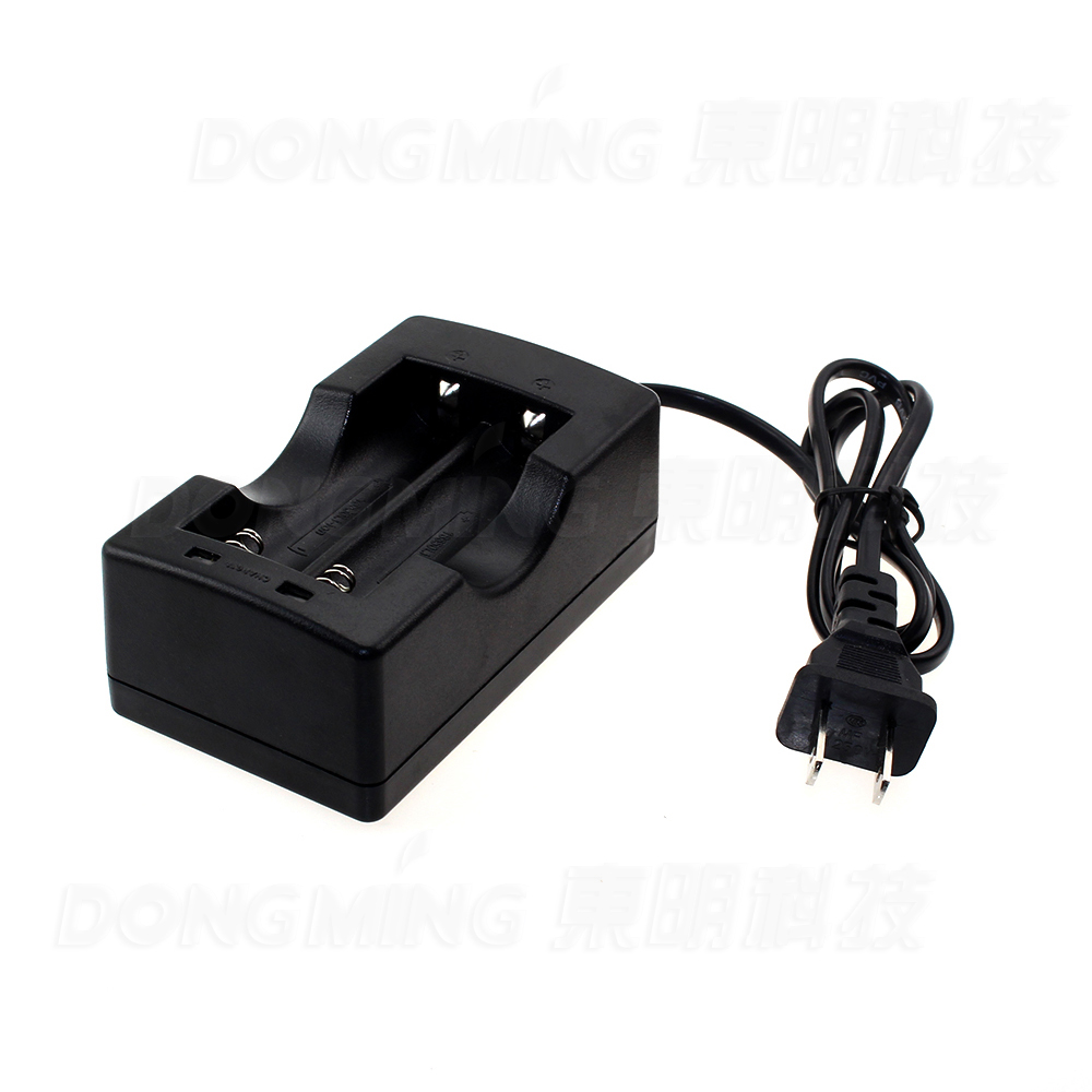 New arrival 26650 18650 Auto Off Charging Charger Li-ion Battery Charger with US Plug, 18650 charger, power bank xh m603 li ion lithium battery charging control module battery charging control protection switch automatic on off 12 24v