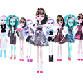 Cor aleatória 7 conjunto Novo estilo monstro da boneca presente de natal Atacado moda sem bonecas monstro roupas de alta qualidade