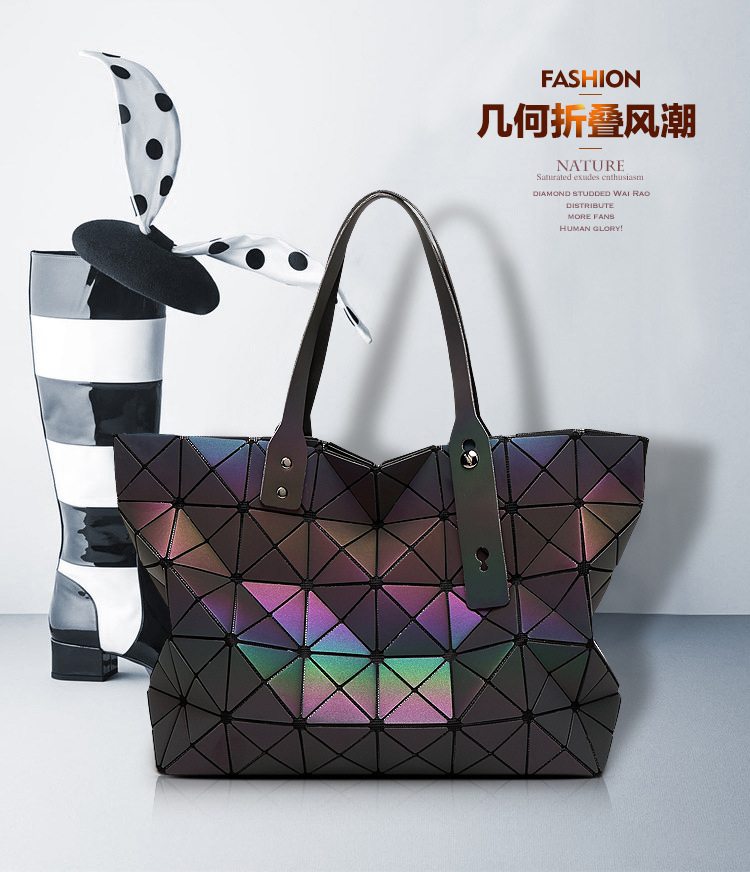 a626d374bee2 Fashion Women Bag Night Luster Rainbow Woman Black Bags Tote Luxury Bao  Handbag Quilted Folding Laser Lady Shoulder Bag sg39