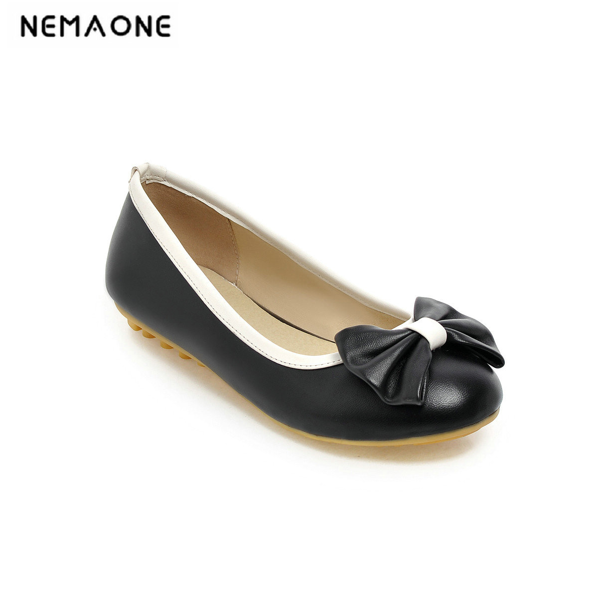 2019 New Spring New Fashion Women Flat Shoes Patent Leather Casual Buckle Round Toe Boat Shoes For Office Ladies