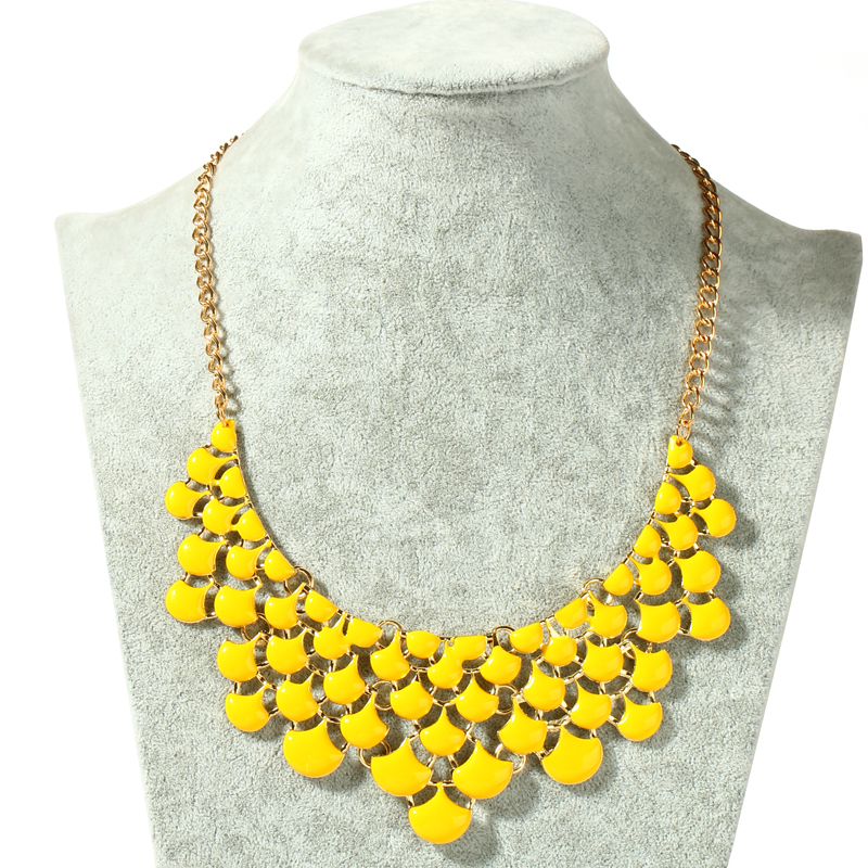 Neon Yellow Metal Beaded Choker Necklace Women Jewelry Punk Gold Color Chain Geometric Shaped Hollow Necklace Collar 2016 Sale