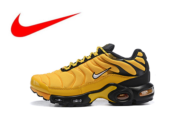 hot sales f36c3 84f50 Original Nike Air Max Plus Men s Breathable Running Shoes Sports Sneakers  Trainers outdoor sports shoes Outdoor
