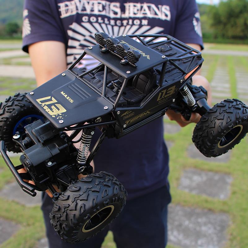 1:16 4WD High speed Cars 2.4G Radio Control RC Trucks Toys Buggy 2018 High speed Trucks Off-Road Trucks Toys for Children Gifts