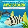 La novela de peces de control remoto 3310 de Control Remoto de Juguete Creativo 4CH 2.4 V Agua de Radio Control Mini RC Tiburón