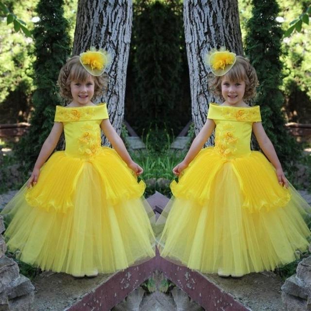 2016 barato amarelo Peplum borboleta apliques Flower Girl vestidos para casamentos Off ombro crianças vestidos de festa longo Pageant vestido