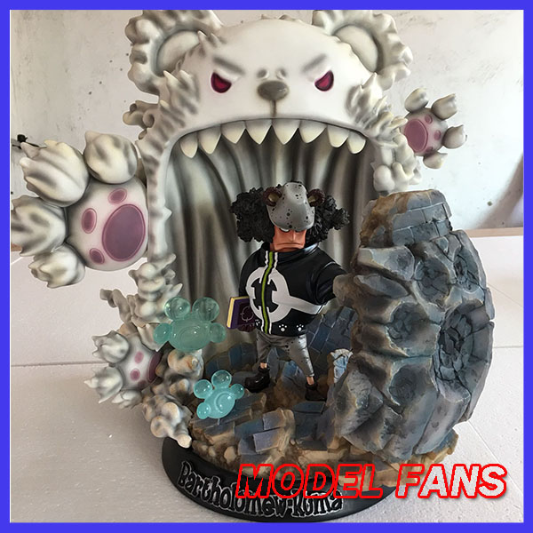 MODEL FANS INSTOCK One Piece 45cm SD Bartholemew Kuma gk resin toy Figure for Collection