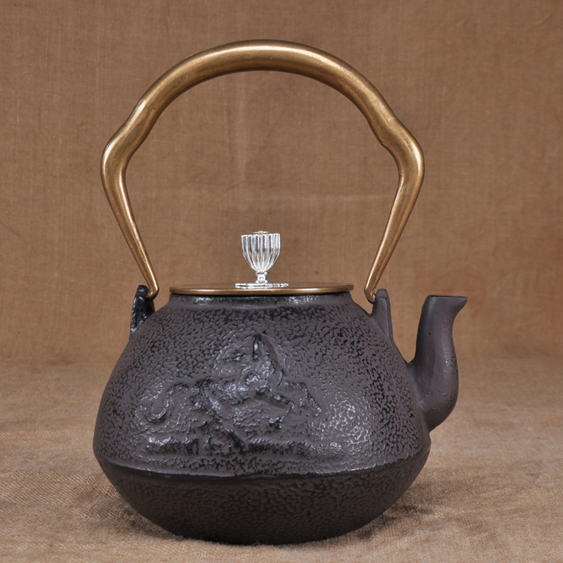 Special price iron pots handmade Japanese tea sets old iron pots south of cast iron teapot manufacturersSpecial price iron pots handmade Japanese tea sets old iron pots south of cast iron teapot manufacturers