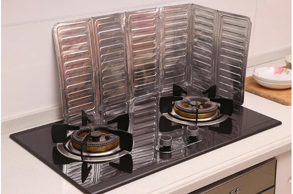 Kitchen Oil Splatter Screens Aluminium Foil Plate Gas Stove Splash Proof Baffle