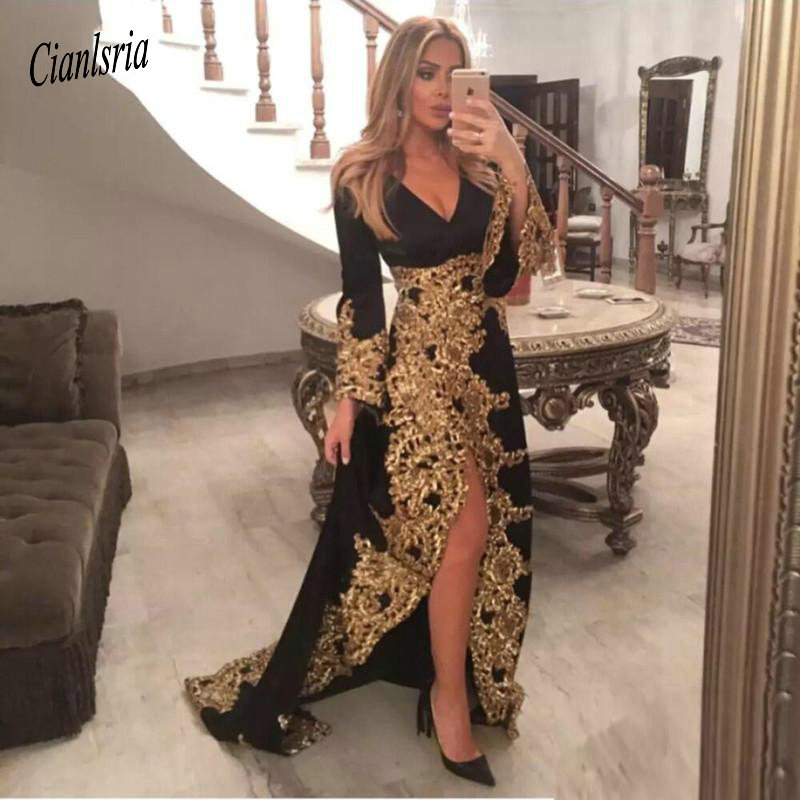 Saudi Arabic Long Sleeve V Neck Black Evening Dresses With Gold Applique Sexy High Split Formal Evening Party Gowns Muslim Prom