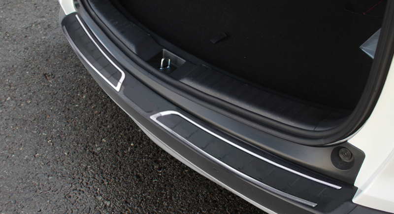Plastic 1pcs Rear Boot Outer Bumper Guard Sill Plate Protector For Honda CR-V CRV 2017 2018 for honda crv cr v 2017 2018 stainless steel inner