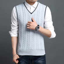 Mens High Quality Vest 2017 Spring Autumn New Classic Slim Fit V-neck Sleeveless Solid Color Knitwear Sweater Men Pullover