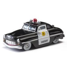 Modelo de juguete de aleación de Metal Diecast para regalo de niños para coche de policía de coches de policía de Disney McQueen Mater Jackson Storm Ramírez 1:55