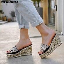 цена TINGHON Summer Rivets Rhinestone Wedge Slippers Platform High Heels Women Outside Shoes Wedge Slipper slides Sandals  Y20195 в интернет-магазинах