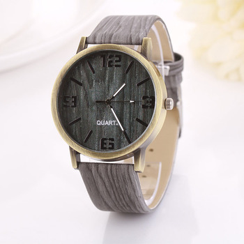Vintage Quartz Wooden Leather Strap Watch 1