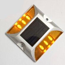 Алюминий IP68 Водонепроницаемый светодиодный на солнечных батареях дорожный шпилька дорожный светоотражающий грунтовый светильник Предупреждение свет