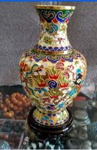 Collecting Chinese cloisonne carved dragons and phoenixes vase decoration