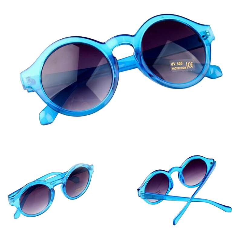 876d5f29b جديد وصول 2015 فريد جولة نظارات المرأة الأزياء خمر الرجعية ثقب المفتاح  للنساء gafas دي سول feminino