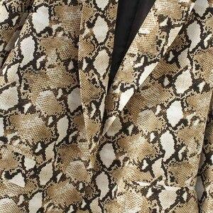 Image 5 - Vadim vintage snake print blazer zakken Gekerfd kraag lange mouwen jas bovenkleding vrouwelijke retro losse casaco feminines CA154