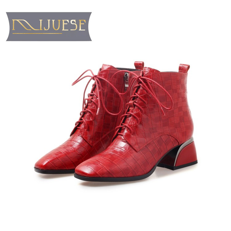 Mljuese 2018 여성 발목 부츠 양피 지퍼 붉은 색 체크 무늬 스퀘어 발가락 하이힐 부츠 겨울 짧은 플러시 따뜻한 부츠-에서앵클 부츠부터 신발 의  그룹 1