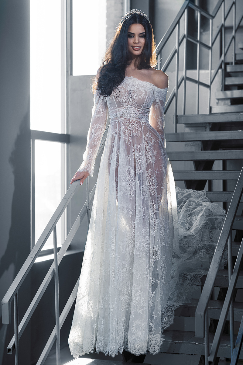 New Arrival Vogue Sheer Applique Tulle White Bridal Gowns ...