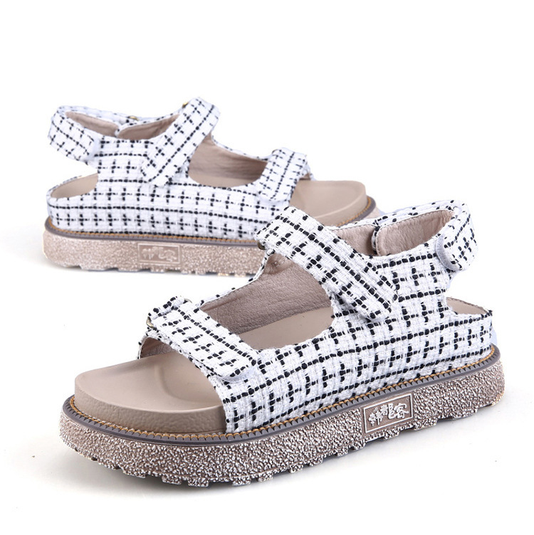 ФОТО 2017 new Roman style round head pattern women's summer sandals in the middle of the sandals sandals Comfort Women Shoes Shose