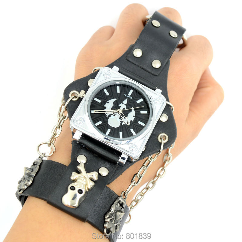 Cool Black Dial Skull Key Ring Faux Leather Brand Bracelet Mens Quartz Wrist Watch Beautiful Timepiece